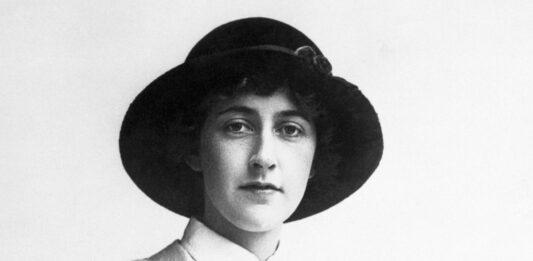 Eliminar el término: Con qué profesión soñaba Agatha Christie Con qué profesión soñaba Agatha Christie