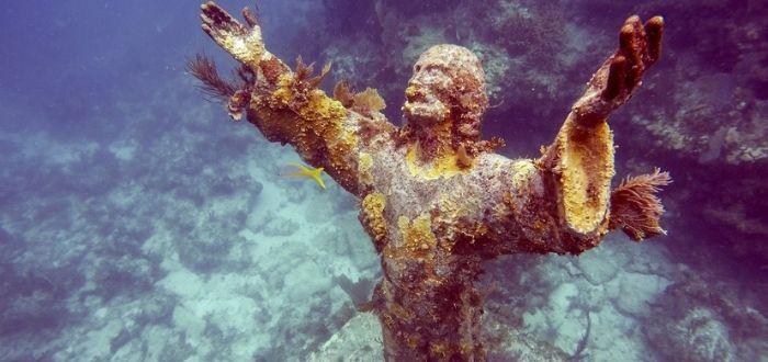 Estatuas religiosas