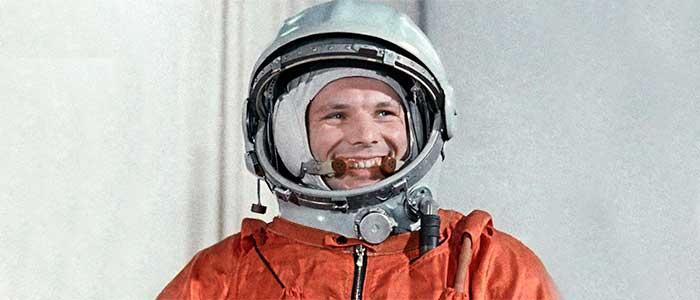 primer hombre en el espacio