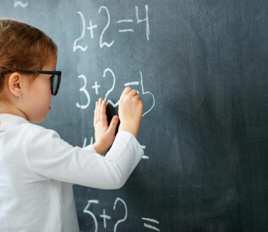 Como hacer que su hijo se interese en las matemáticas