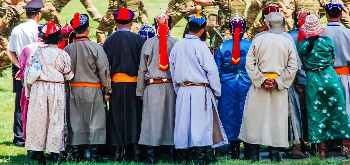 traje tipico mongol datos curiosos de mongolia